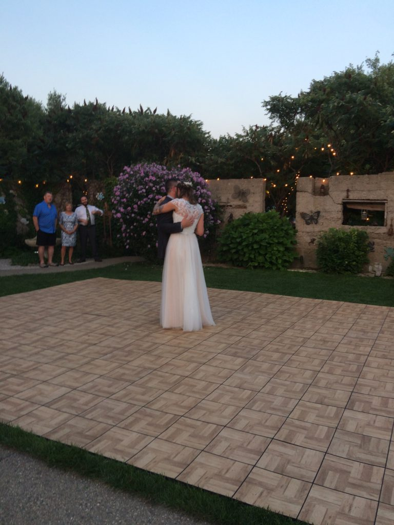 A wedding at Marwanda Estates, Kincardine, Ontario