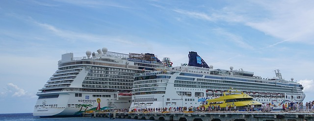 Cruise ships docking in Cozumel